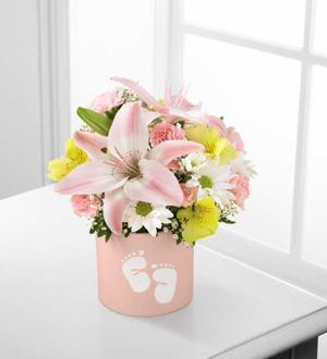 The FTD® Sweet Dreams® Bouquet - Girl