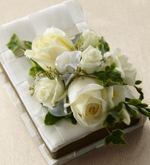The FTD® Rose Charm™ Bouquet